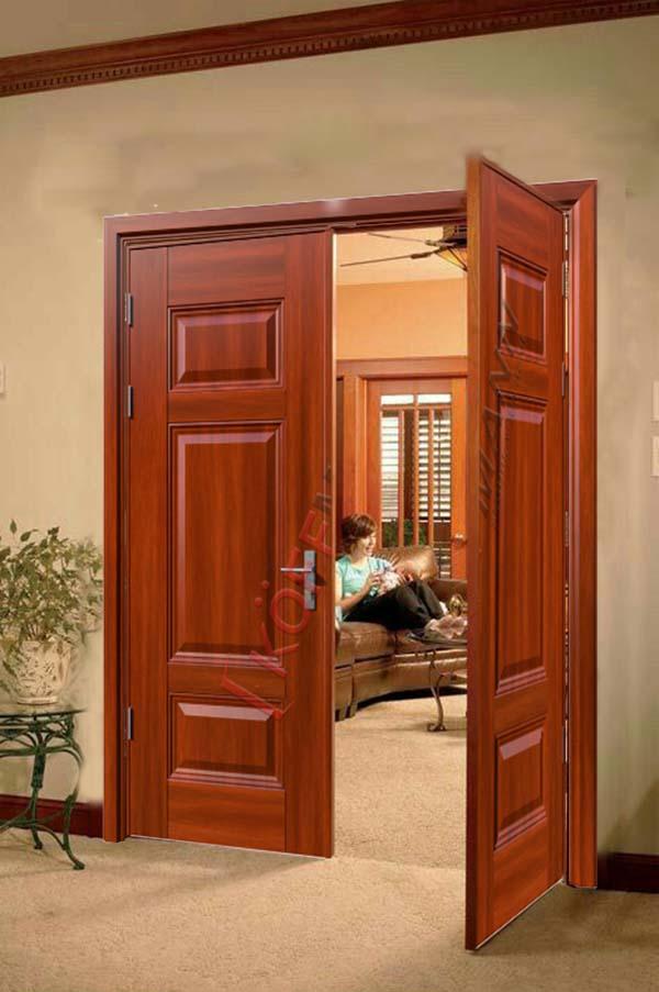 Cách chọn màu cửa thép vân gỗ đẹp, phù hợp với không gian nhà